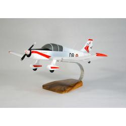 Maquette avion Jodel D140C Mousquetaire IV en bois