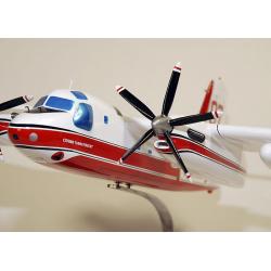 Maquette Tracker S-2T Firecat Sécutité Civile en bois