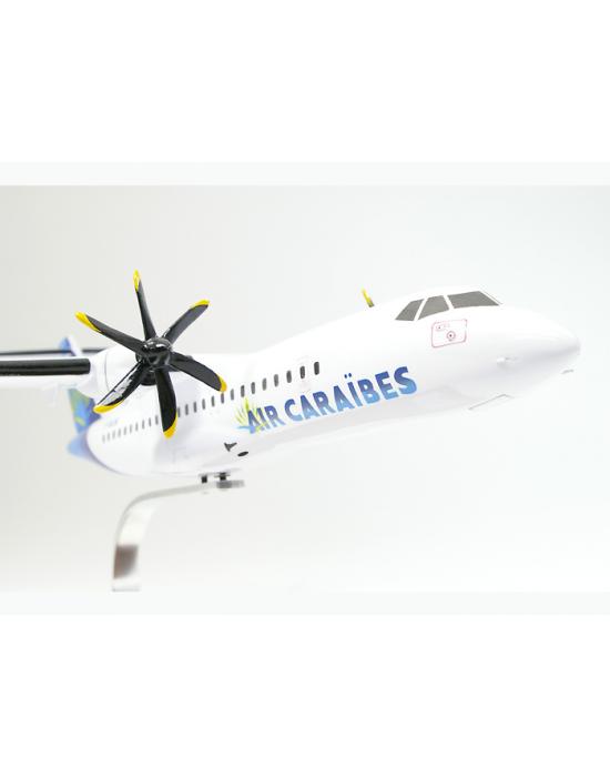 Maquette avion ATR72 500 Air Caraïbes en bois