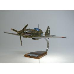 (Prochaine arrivée fin janvier 2019) Maquette avion Macchi 202 Folgore en bois