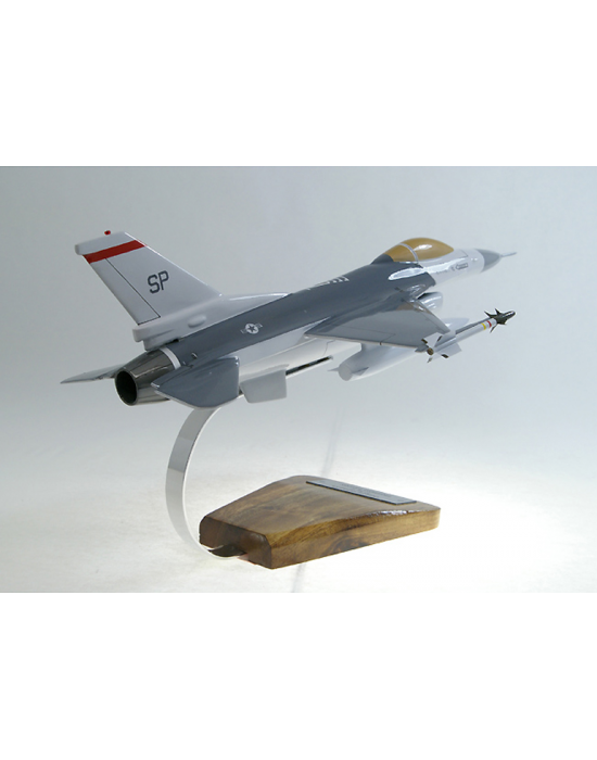 maquette avion f 16c fighting falcon en bois. Black Bedroom Furniture Sets. Home Design Ideas