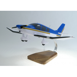 Maquette avion Robin DR 400 civil en bois