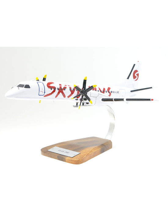 Maquette avion Saab 2000 Skyways en bois