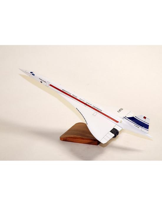 Maquette avion Concorde 001 en bois  Merespace