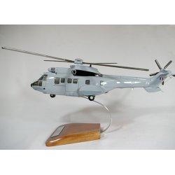 (Prochaine arrivée fin janvier 2019) Maquette hélicoptère AS532 Cougar en bois