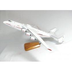 Maquette avion Antonov 225 Mriya en bois