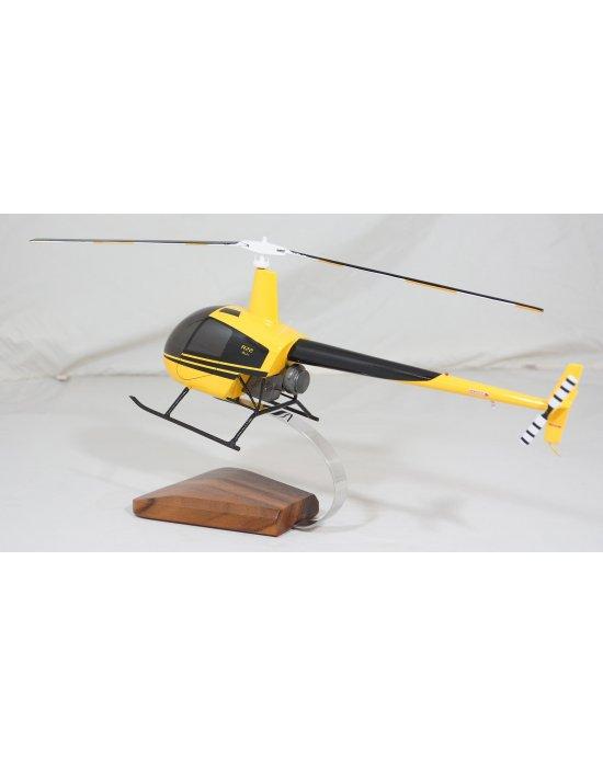maquette en bois du Robinson R22