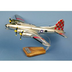 Maquette avionB-17G Flying Fortress 'Betty Jo' 550thBS/385thBG en bois