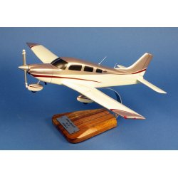 Maquette avion Piper PA28 181 Archer 3 en bois