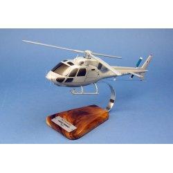 (Prochaine arrivée fin janvier 2019) Maquette Hélicoptère AS555 FENNEC Armée de l'Air en bois