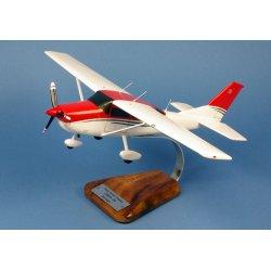 Maquette avion Cessna 206 Skywagon en bois